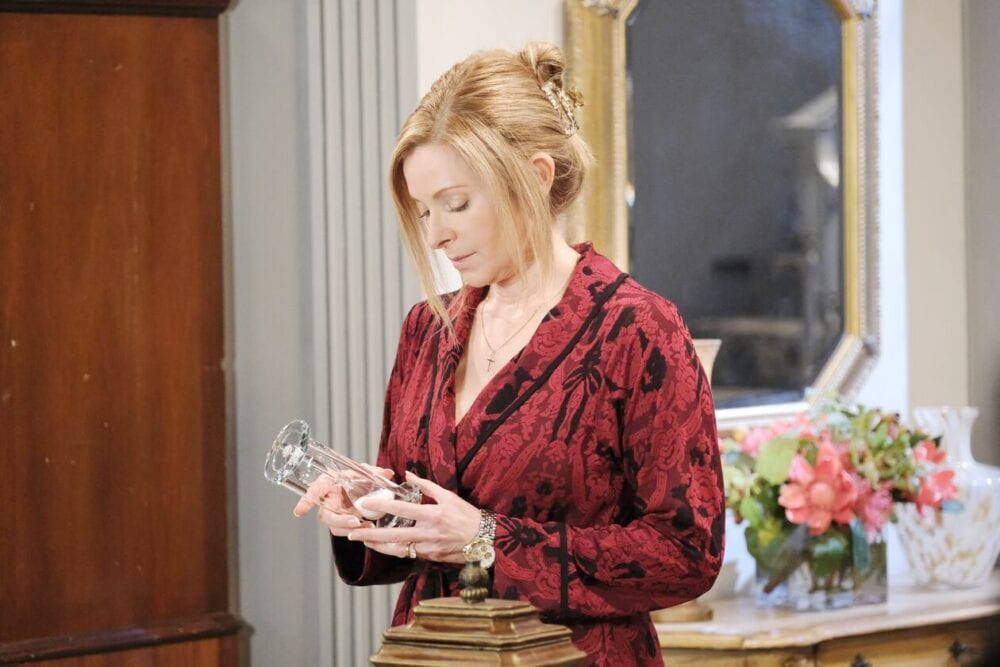 jennifer at home days of our lives