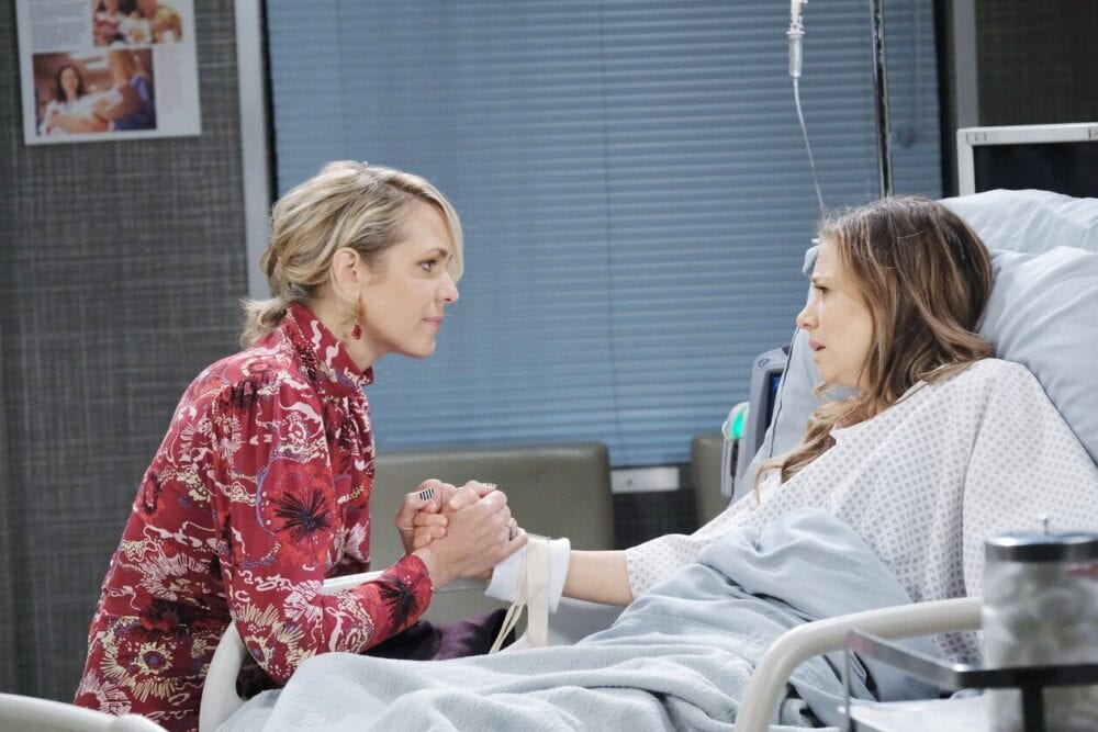 nicole comforts ava days of our lives