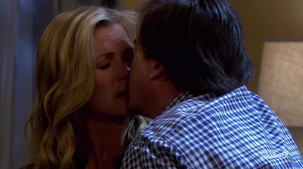 lumi kissing days of our lives