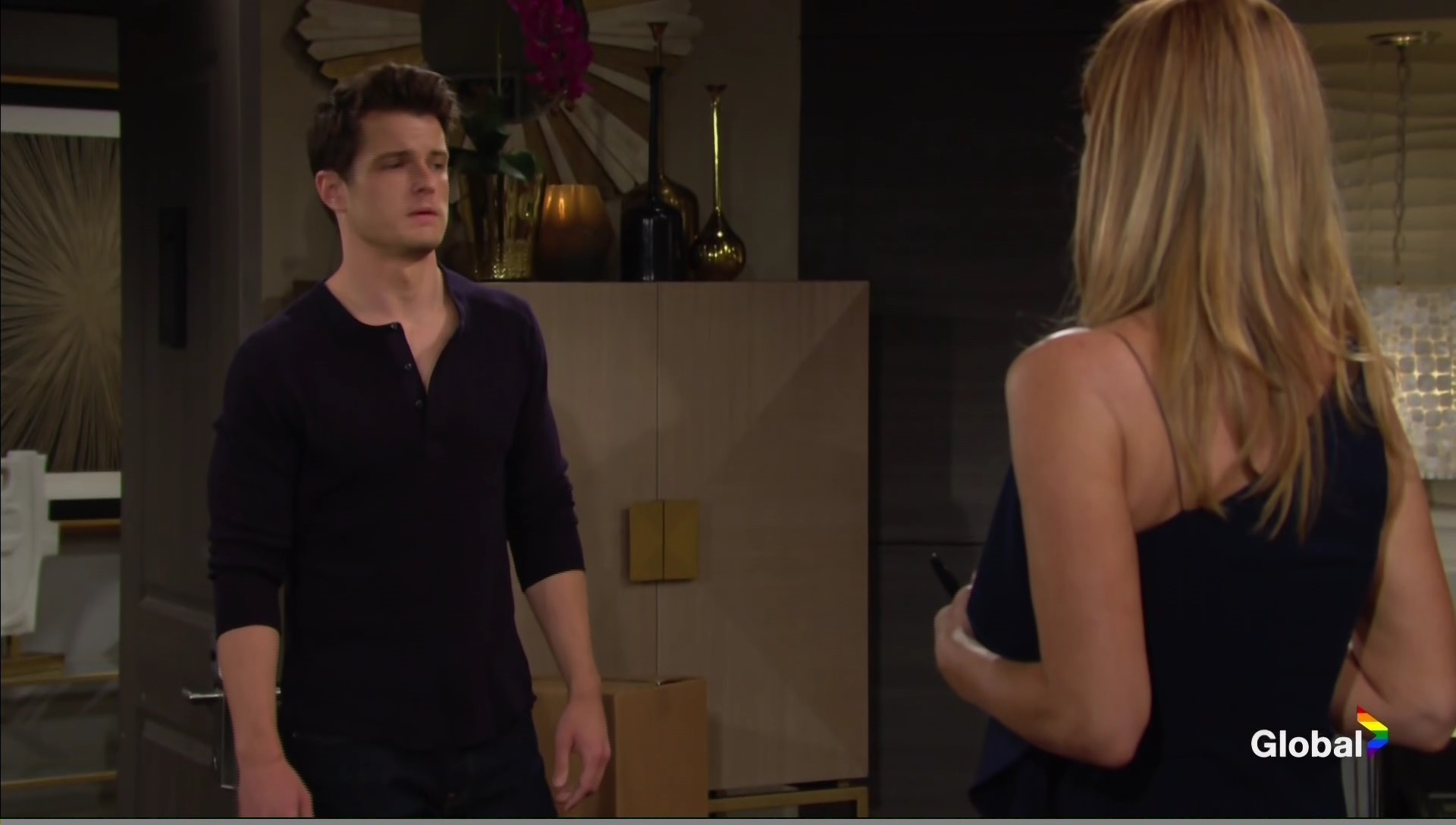 kyle asks phyllis to help young and restless