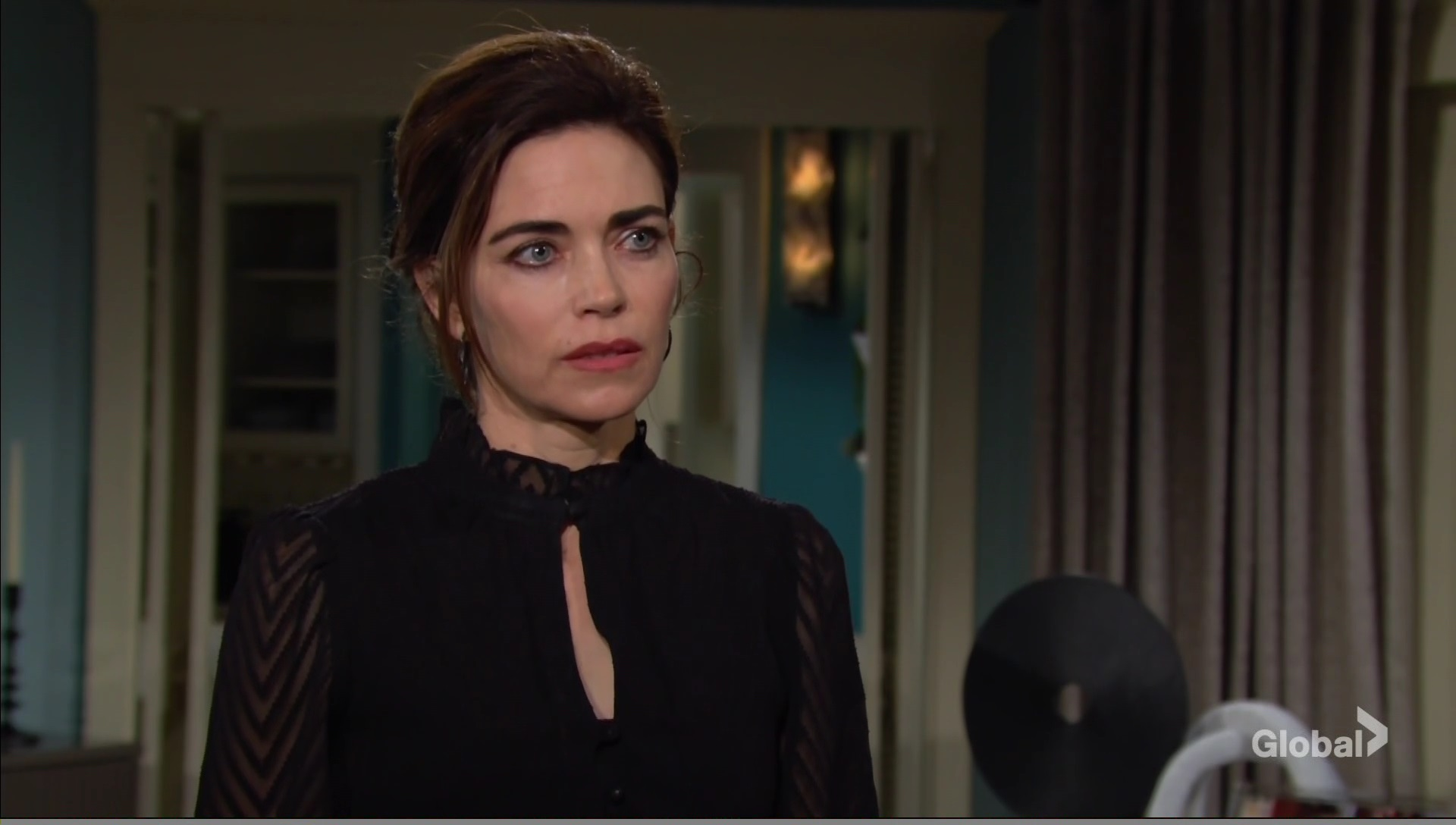 vic worried about ashland young restless