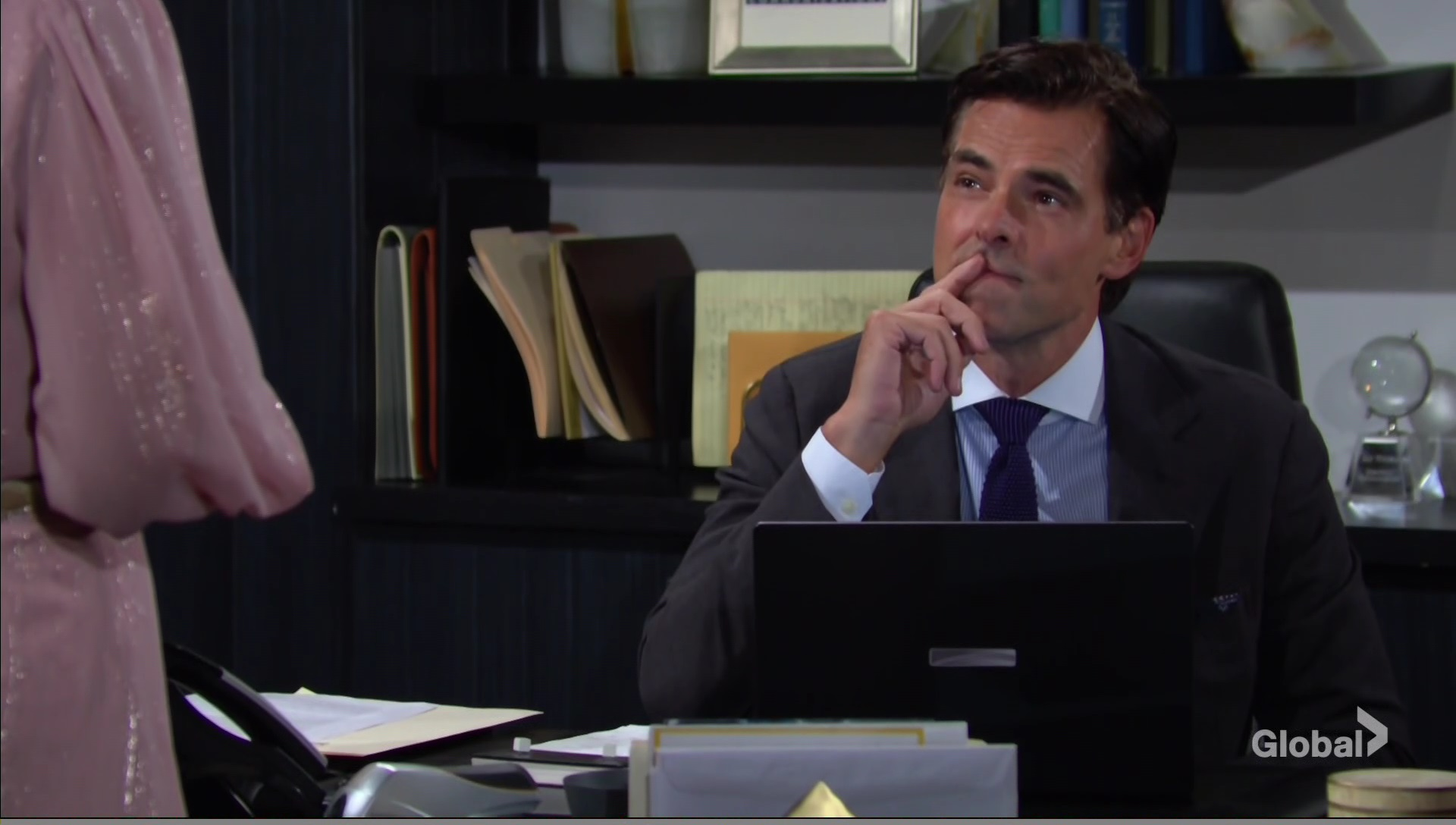 billy compromising position young and restless