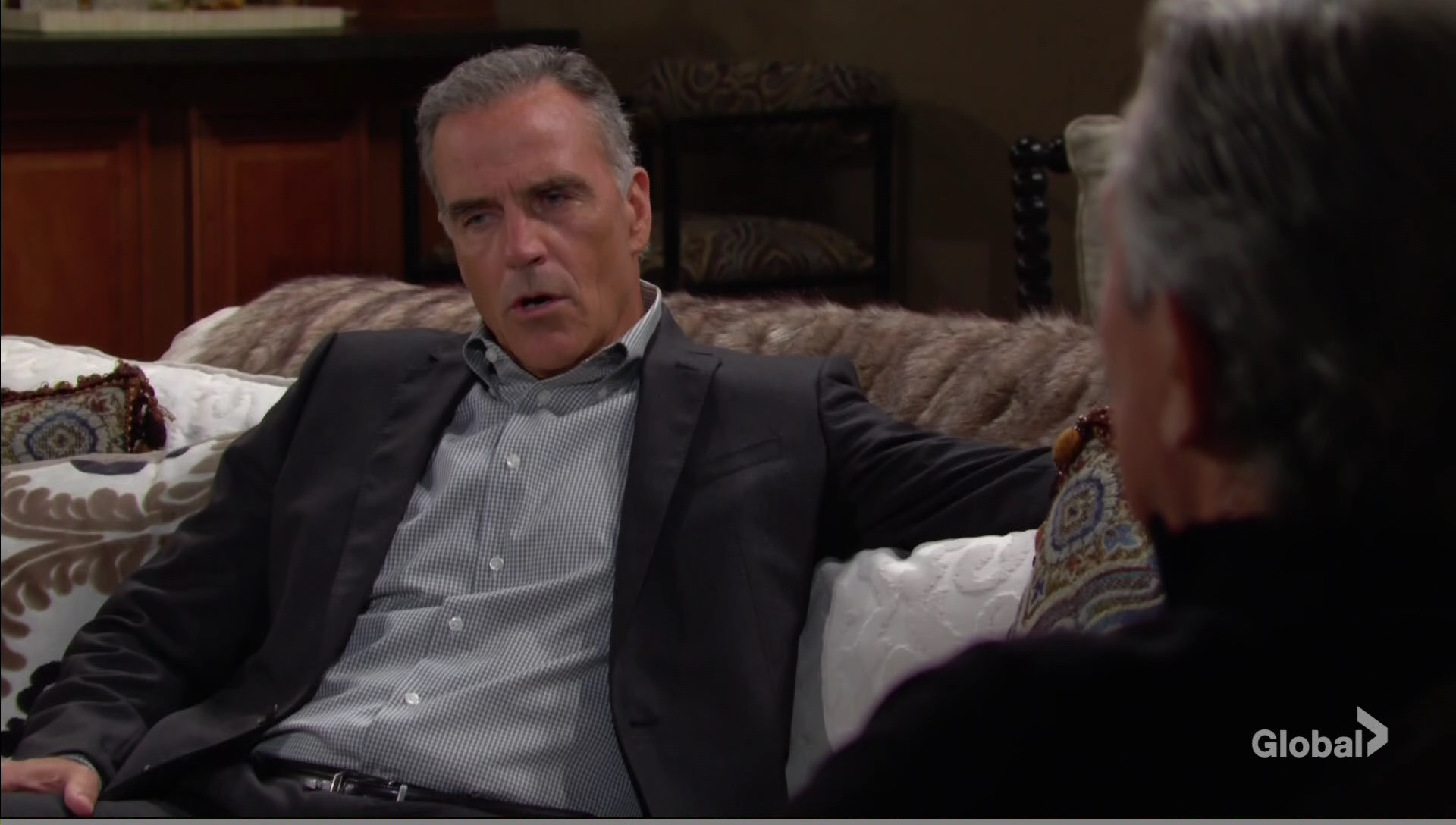 ash victor chat pasts young and restless