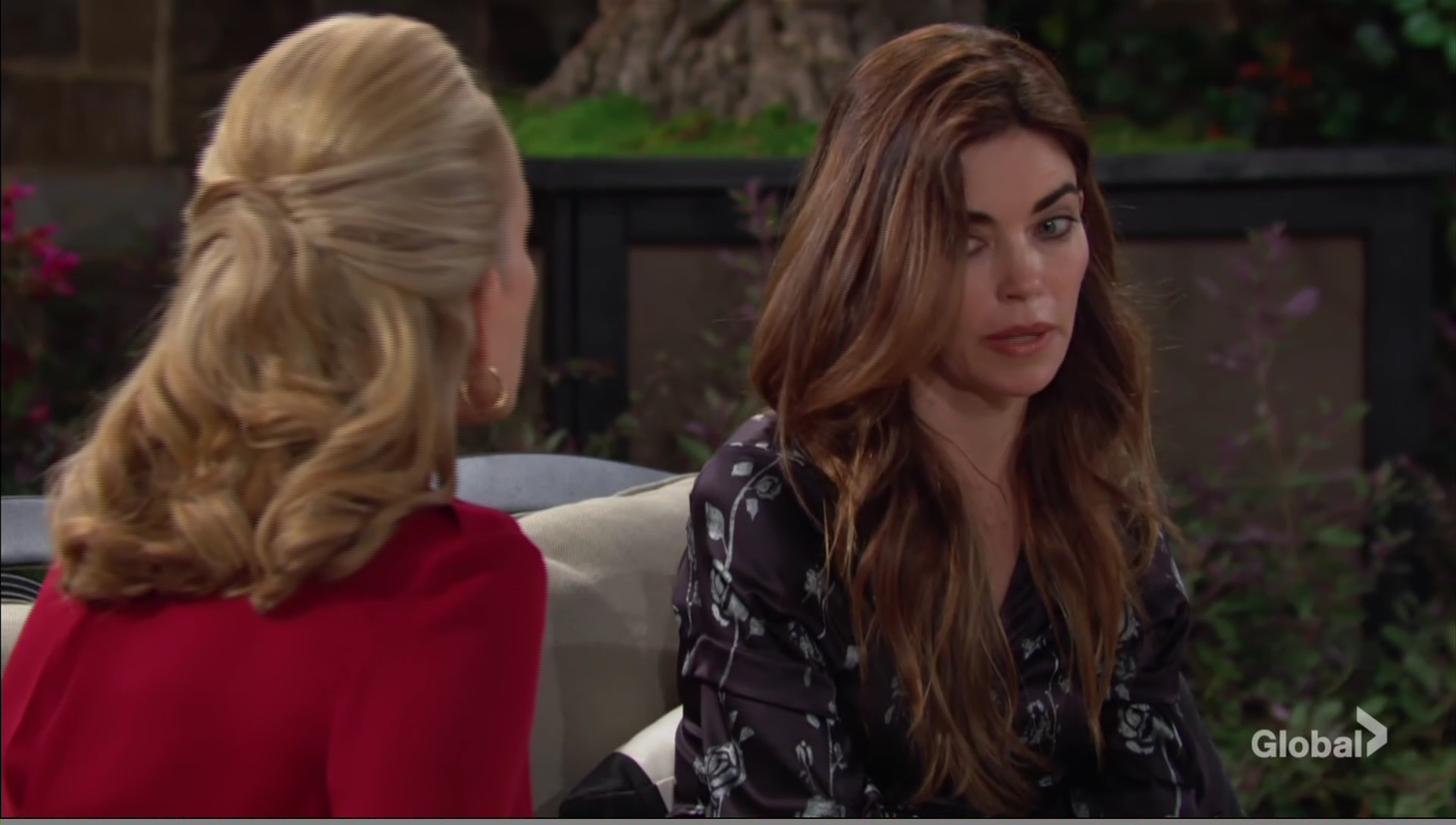 victoria reveals all mother young and restless cbs